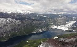 pohled na jezero z Ski Vogel