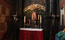 Krakov - Rynek glowny - kostel Nanebevzetí panny Marie