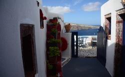 Pohled ze dveří Fotinos House