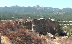 Bobří skála  při cestě z Castelsardo do Olbia