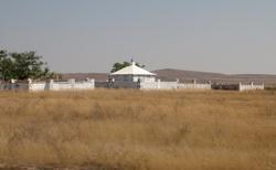 Cesta do Toliary - hrobky