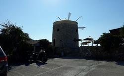 Agios Ioannis beach Cafe Milos Orlof