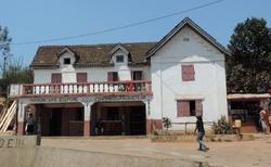Ambositra - jiná řezbářská galerie