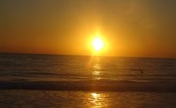 svítaní slunce nad Karibikem