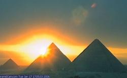 západ slunce nad pyradinami