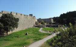 Rhodos _ Old Town - hradní příkop