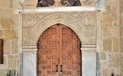 Vstup do evanjelickeho kostola v Larnake.