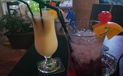 Pár koktejlů v Bugibbe