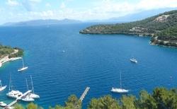 Nádherné pohledy jsou z vyhlídky nad přístavem